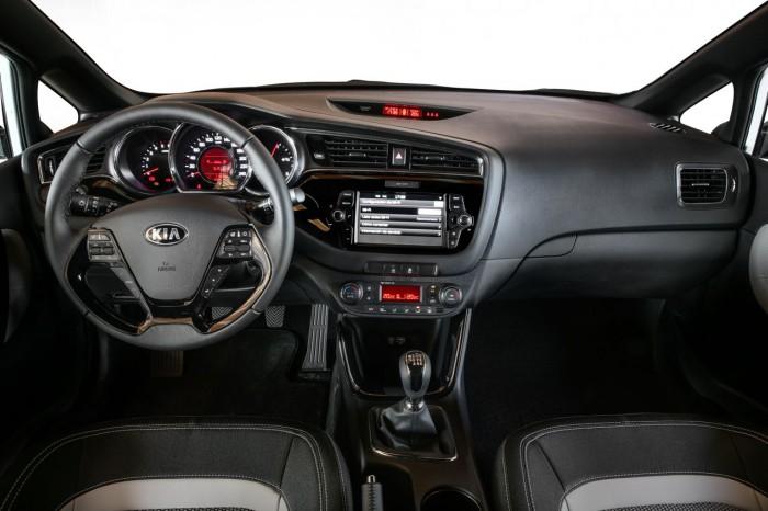 Kia pro_ceed 2016 interior 02