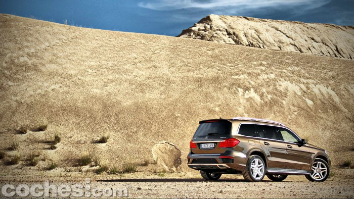 Mercedes_Benz_GL_350_005