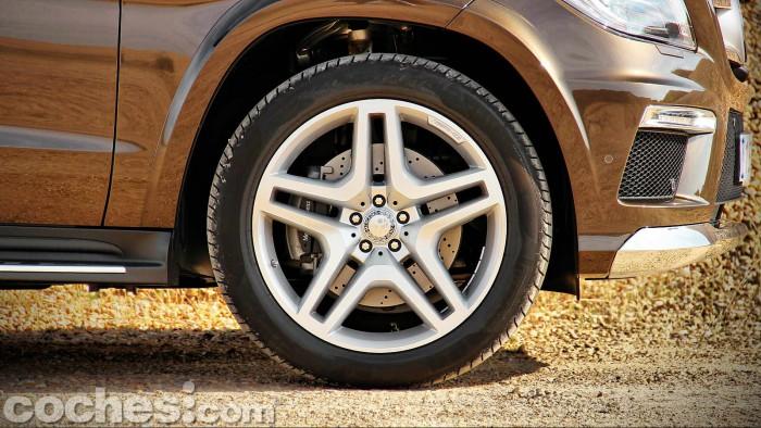 Mercedes_Benz_GL_350_024