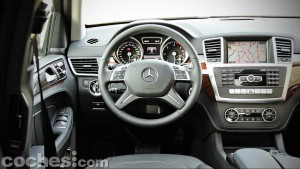 Mercedes_Benz_GL_350_034