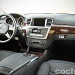 Mercedes_Benz_GL_350_038