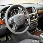 Mercedes_Benz_GL_350_040