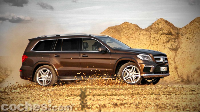 Mercedes_Benz_GL_350_068