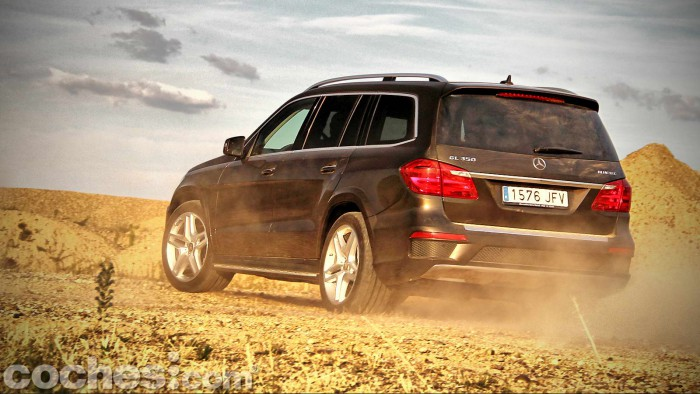 Mercedes_Benz_GL_350_072