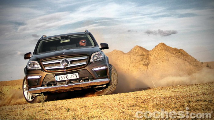 Mercedes_Benz_GL_350_081