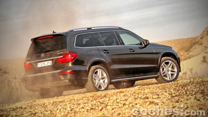 Mercedes_Benz_GL_350_082