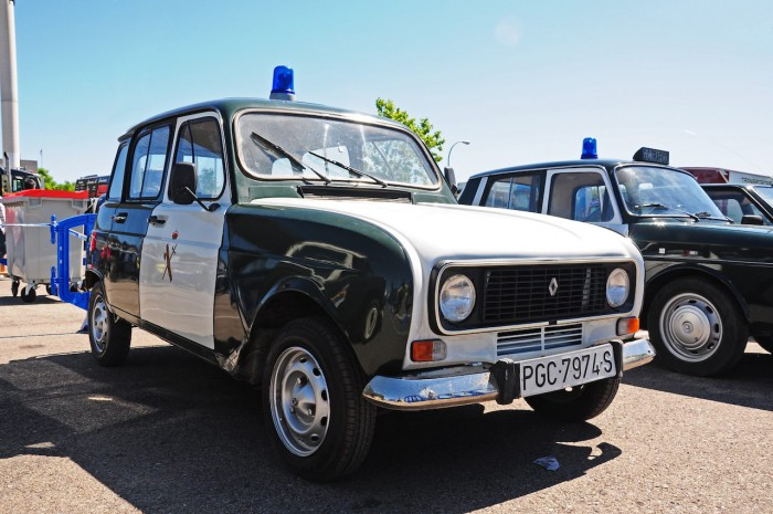 Renault 4 L guardia civil