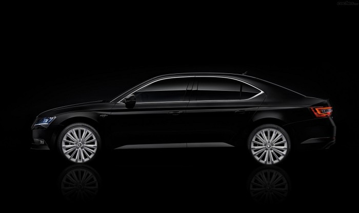 Skoda superb black crystal 5