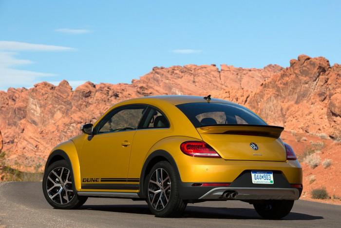 Volkswagen Beetle Dune 2016 06