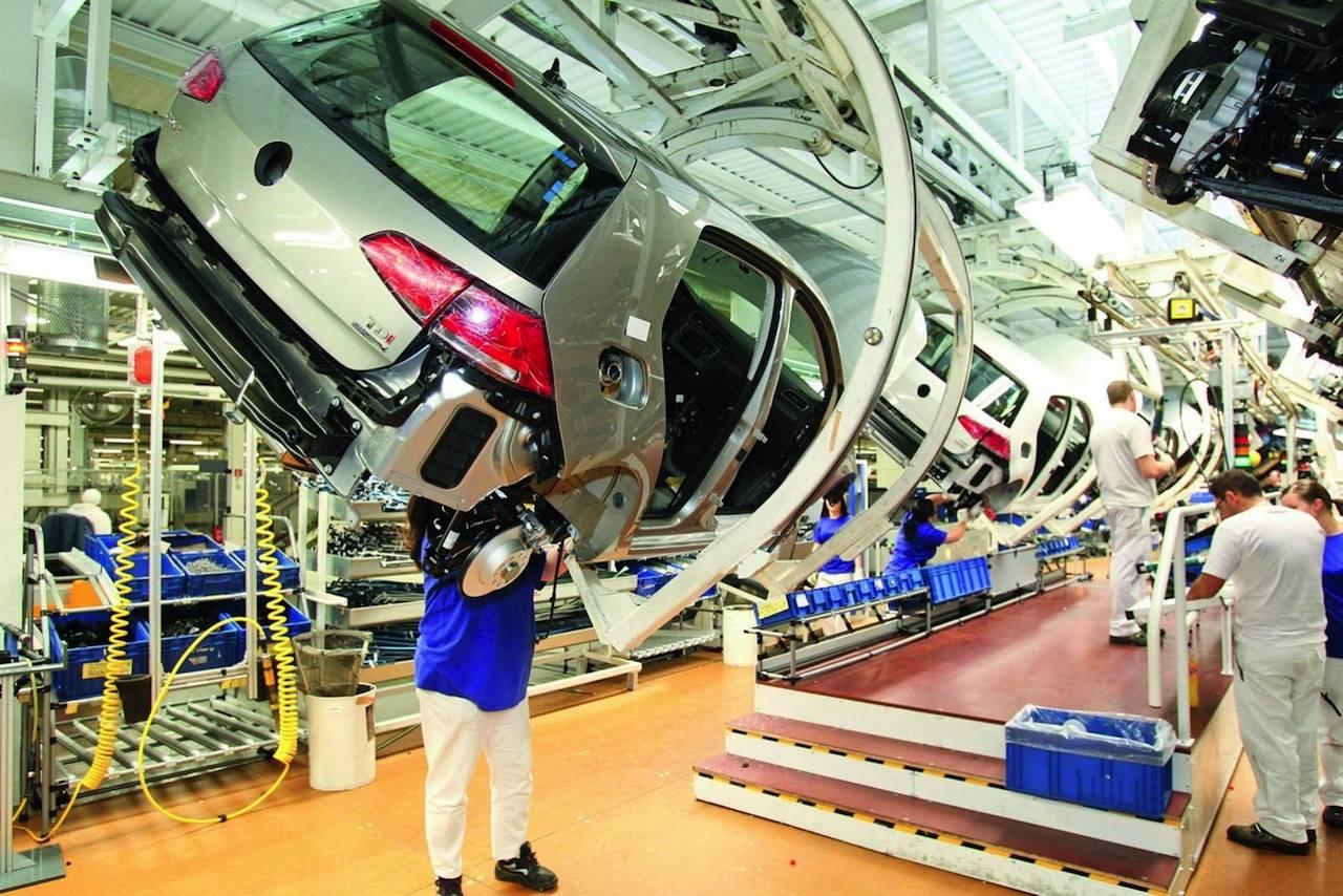 Volkswagen fabrica Golf