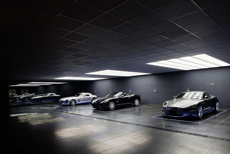 El garaje de ensue o inspirado en la cueva de batman - Garaje de coches ...