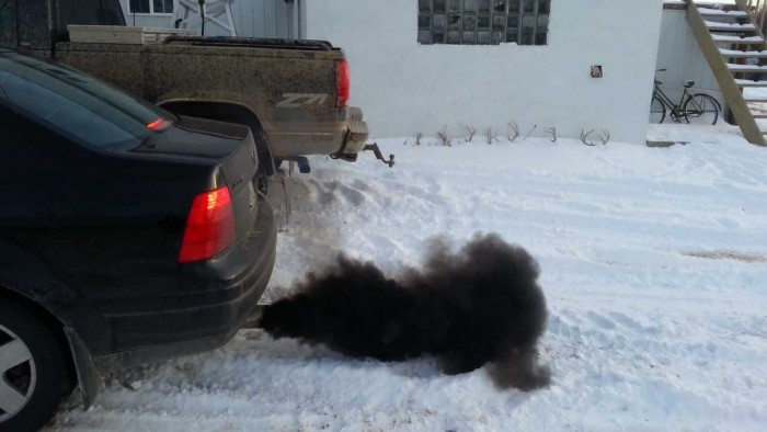 humo negro coche diesel contaminacion
