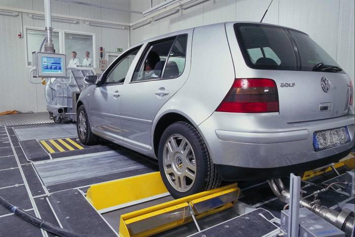 pruebas emisiones coches laboratorio