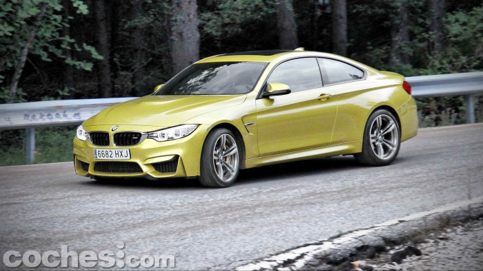 BMW_M4_Coupé_038