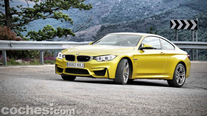 BMW_M4_Coupé_039