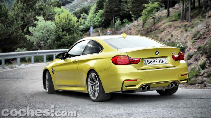 BMW_M4_Coupé_041