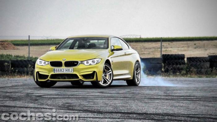 BMW_M4_Coupé_047