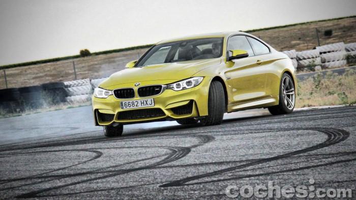 BMW_M4_Coupé_048