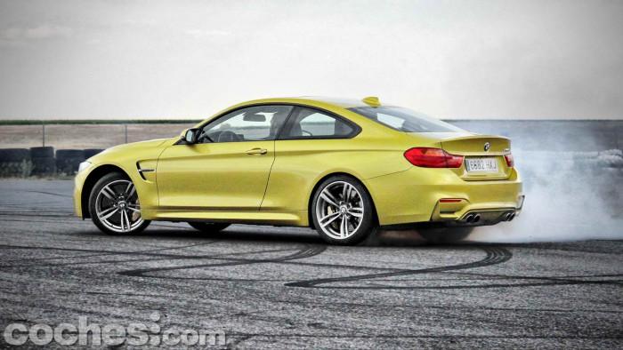 BMW_M4_Coupé_049