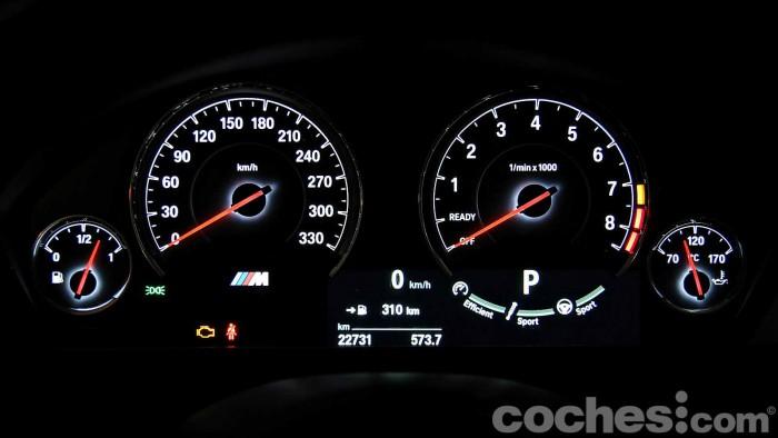 BMW_M4_Coupé_075
