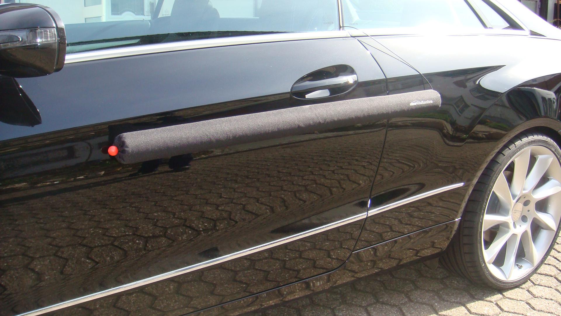 Truco para arreglar pequeñas abolladuras en el coche