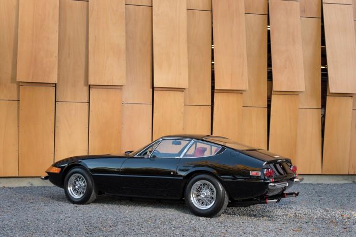 Ferrari 365 GTB_4 Daytona Berlinetta by Scaglietti 1973 02