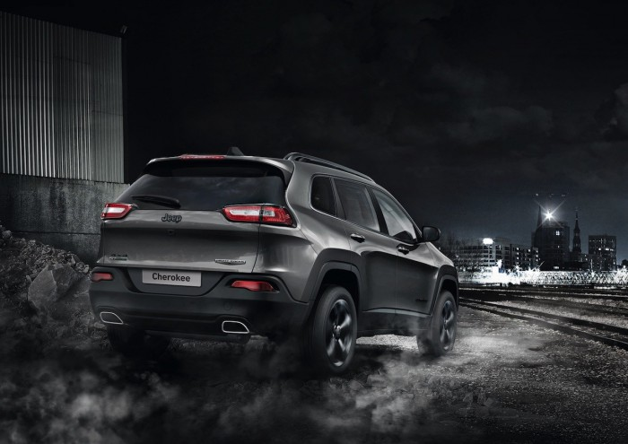 Jeep Cherokee Night Eagle 2016 01
