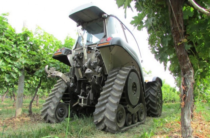 Jump Sky tractor