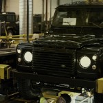 Land Rover Defender fabrica 2015 12