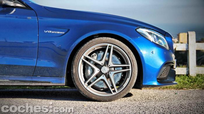 Mercedes-AMG_C_63_Estate_017