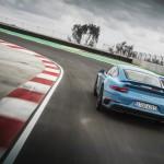 Porsche 911 Turbo S 2016 08