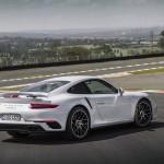 Porsche 911 Turbo S 2016 11