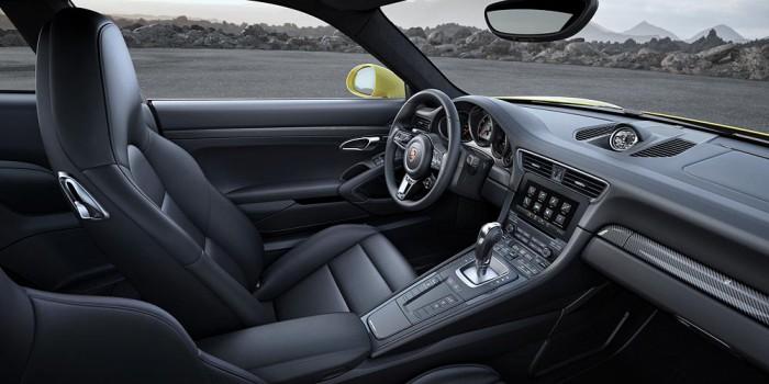 Porsche 911 Turbo S 2016 interior 01