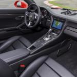 Porsche 911 Turbo S 2016 interior 03