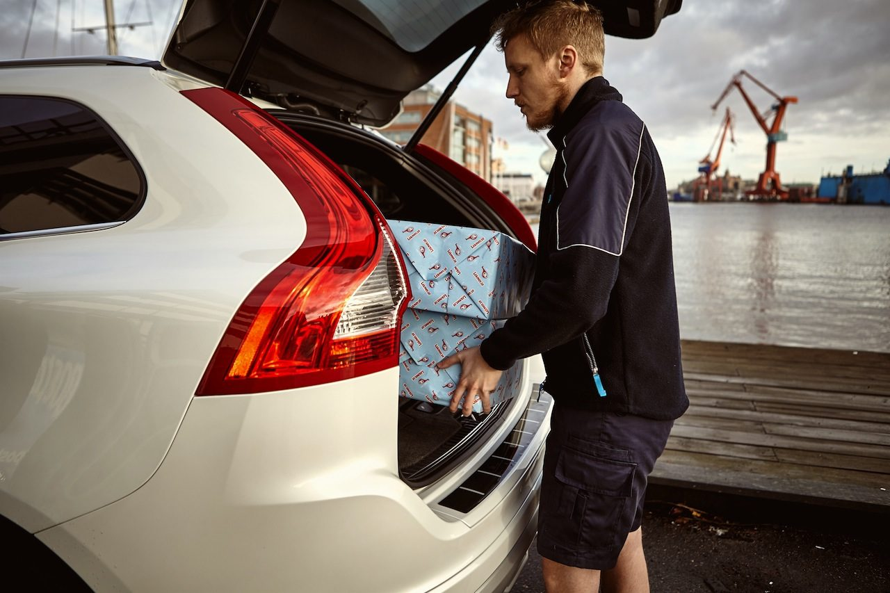 Volvo In-car delivery