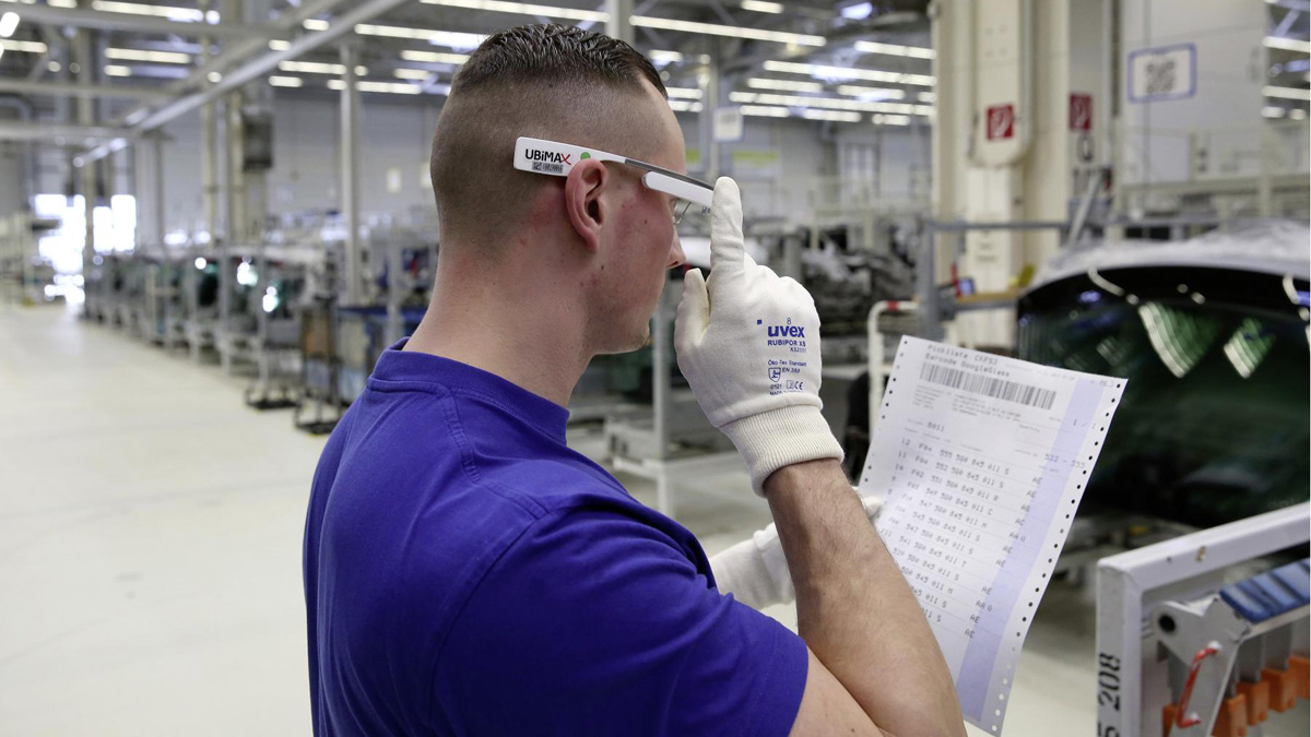 6613a23f06 Las gafas 3D llegan a la fábrica de Volkswagen en Wolfsburgo