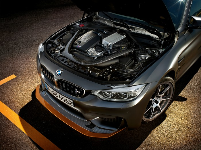 BMW M4 llantas carbono 1