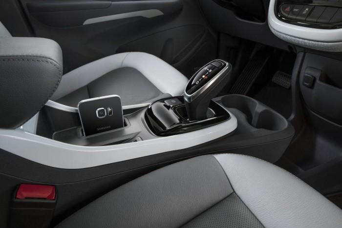 Chevrolet Bolt EV 2017 interior detalle