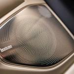 Genesis G90 2016 interior 16