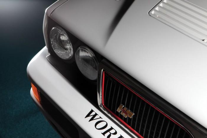 Lancia Delta HF Integrale Evoluzione 1 Martini 6 1992 4