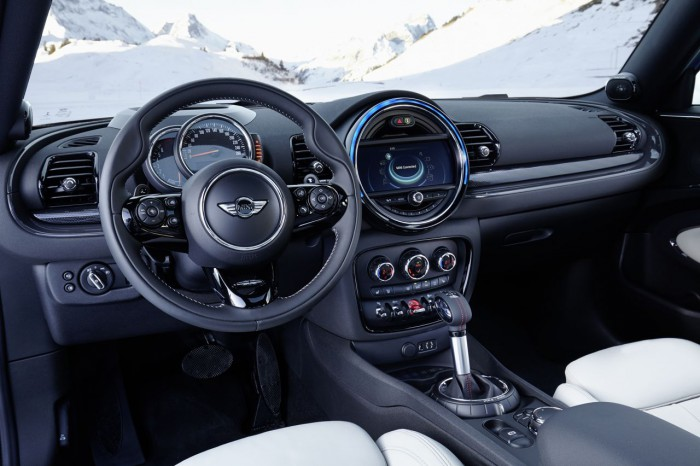 MINI Clubman ALL4 2016 interior 2