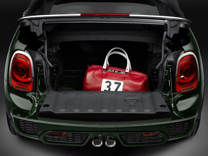 MINI John Cooper Works Cabrio 2016 maletero 1