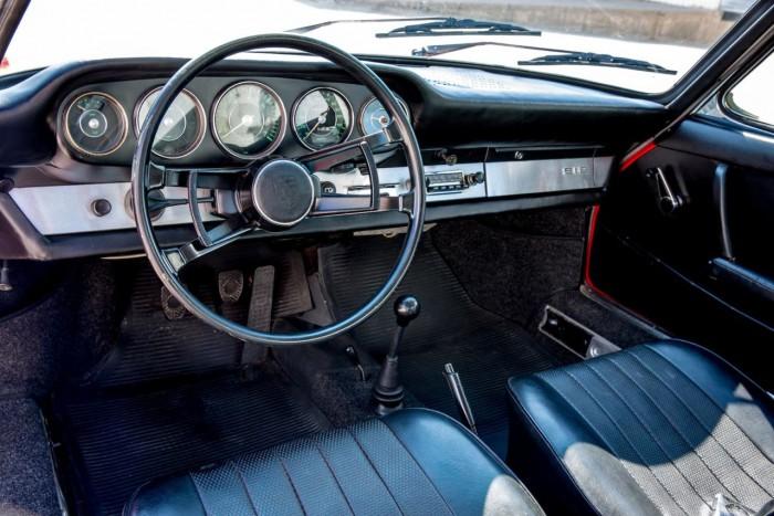 Porsche 912 1967 interior 11