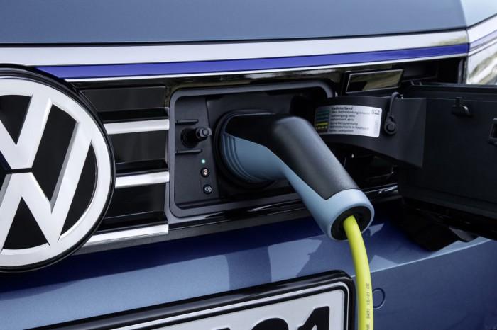 Volkswagen Passat Variant GTE 2016 12