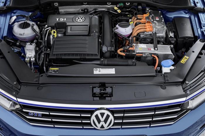 Volkswagen Passat Variant GTE 2016 13