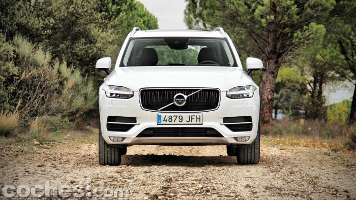 Volvo_XC90_D5_AWD_005