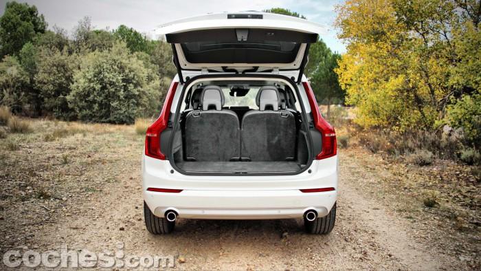 Volvo_XC90_D5_AWD_029