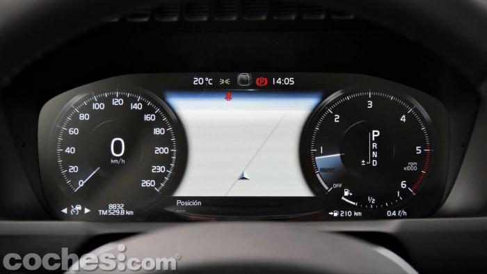 Volvo_XC90_D5_AWD_066