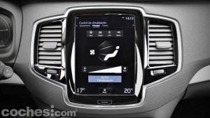 Volvo_XC90_D5_AWD_093