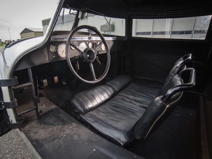 Adler Trumpf Rennlimousine 1938 interior 01